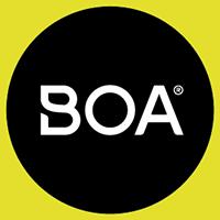 微調節可能なダイヤル、強靭で軽量なレース、低摩擦のガイドで構成され、容易 にすばやく正確にパフォーマンスのためのフィットを提供。