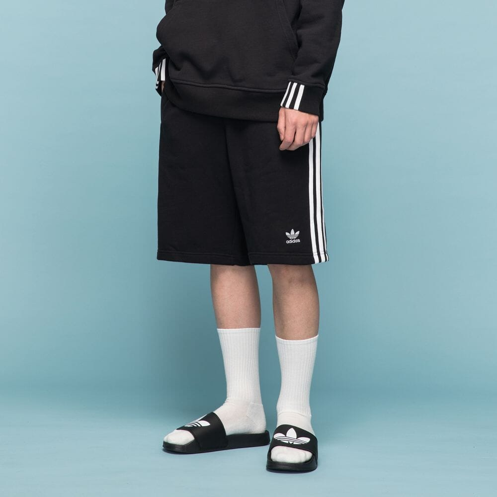 3 Stripes Shorts