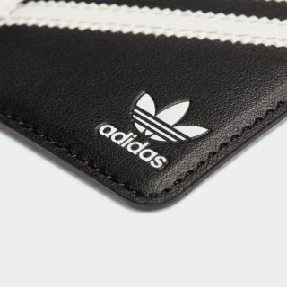 Universal Pocket