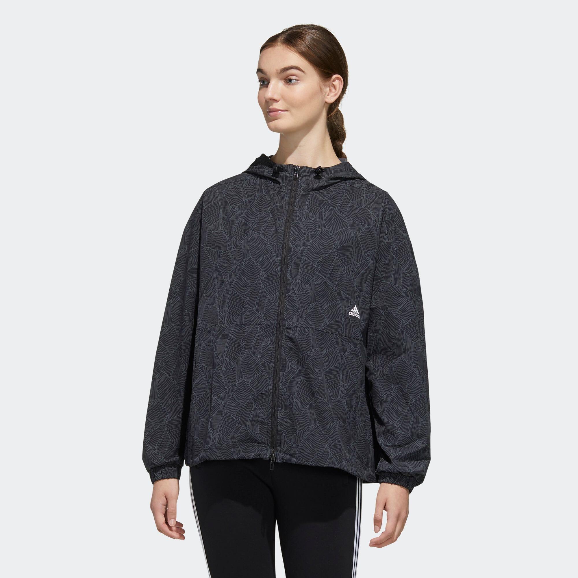 マストハブ グラフィック ストレッチジャケット / Must Haves Graphic Stretch Jacket