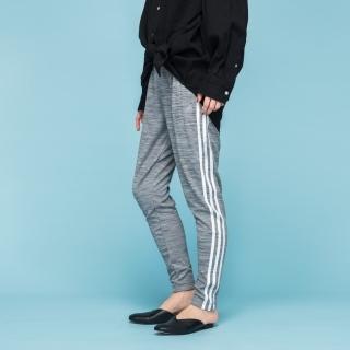 マストハブ 3ストライプス スリムスウェットパンツ / Must Haves 3-Stripes Slim Sweat Pants