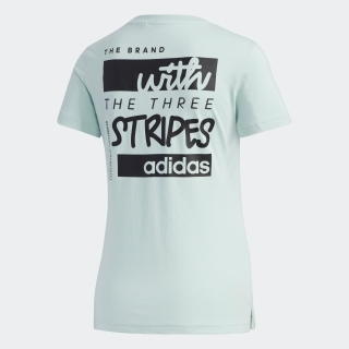 前面と背面にグラフィックをあしらったTシャツが登場。