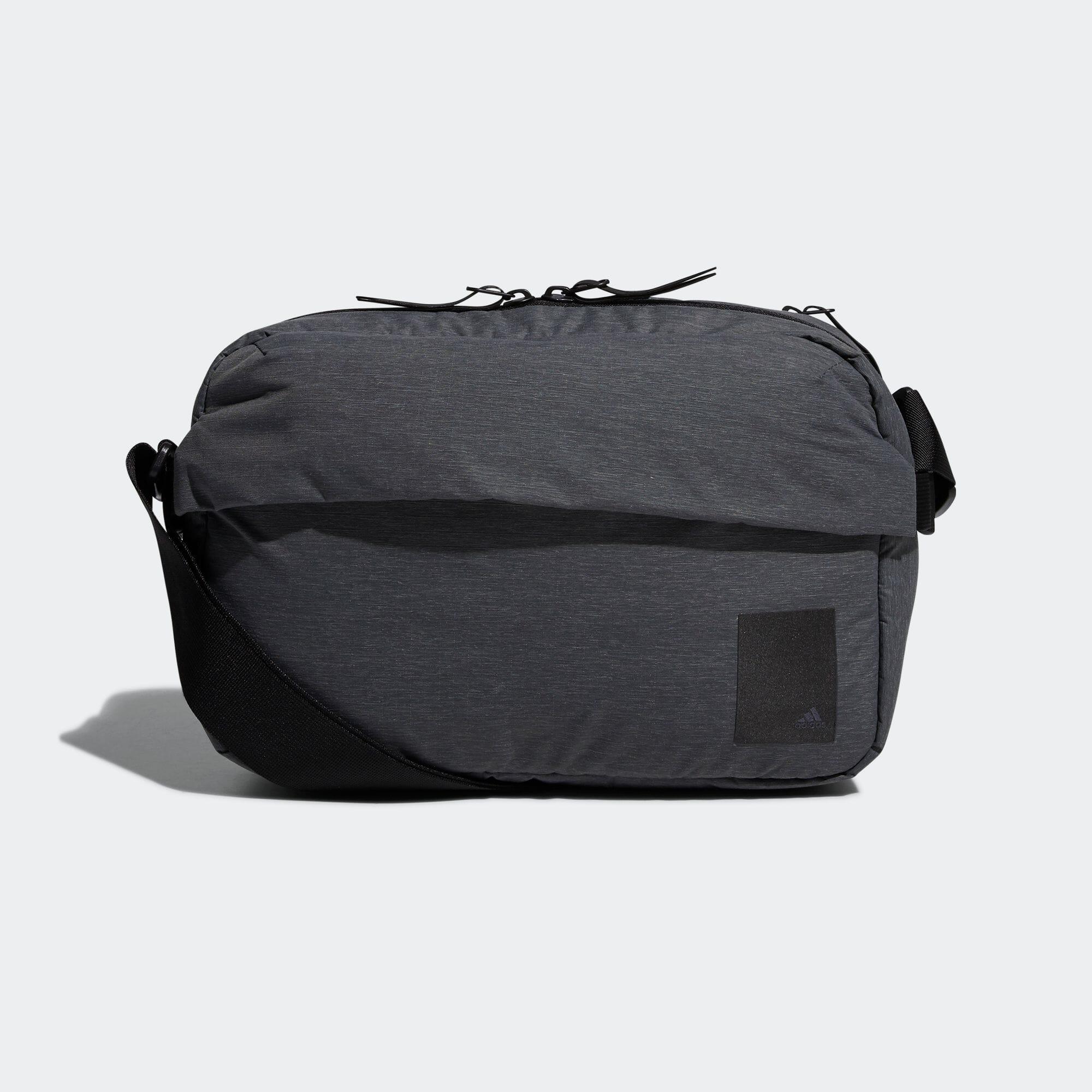 トラベル メッセンジャーバッグ / Travel Messenger Bag