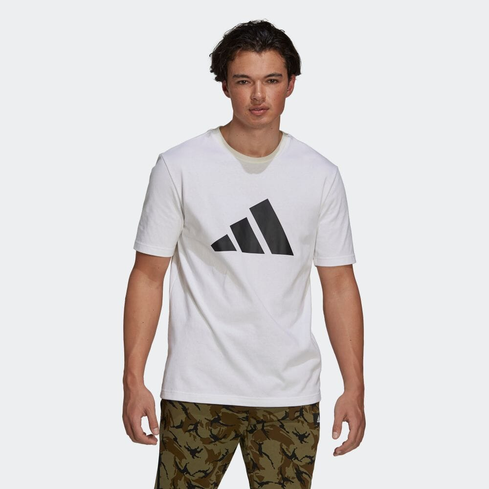 アディダス スポーツウェア フューチャー アイコンズ ロゴ グラフィック 半袖Tシャツ