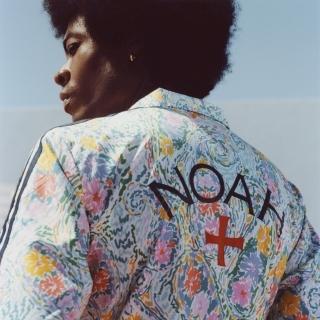 Noah フローラルジャケット