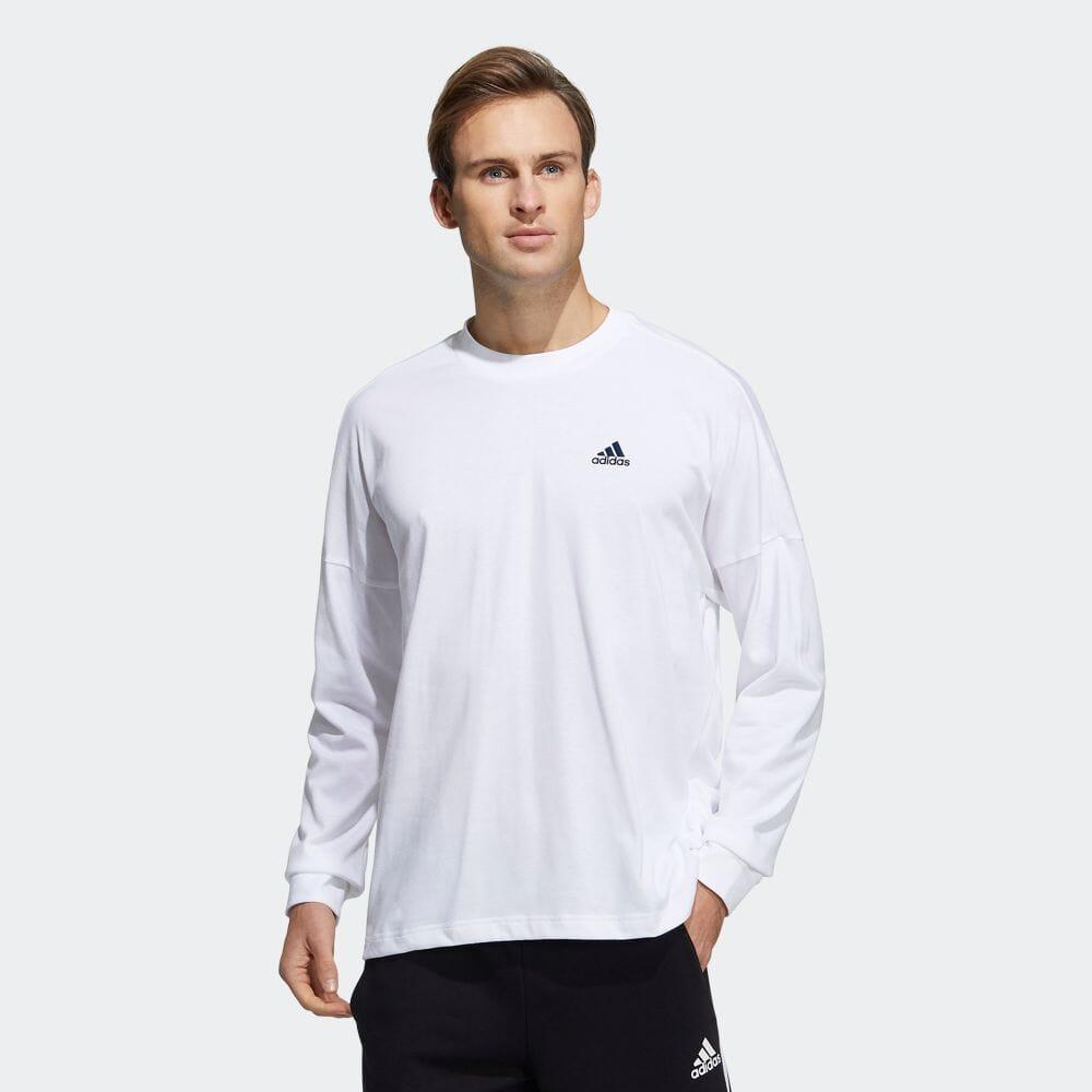 ルーズフィット長袖Tシャツ